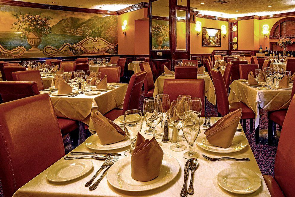 chazz palminteri ristorante italiano midtown manhattan nyc