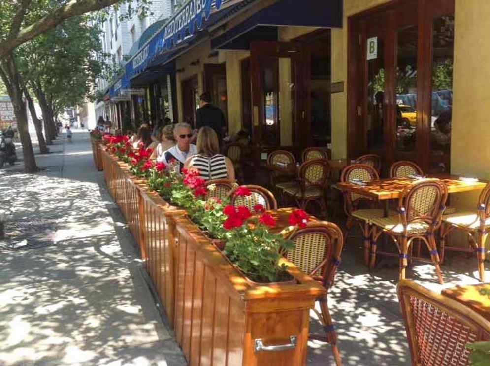 outdoor dinning upper east side  nyc
