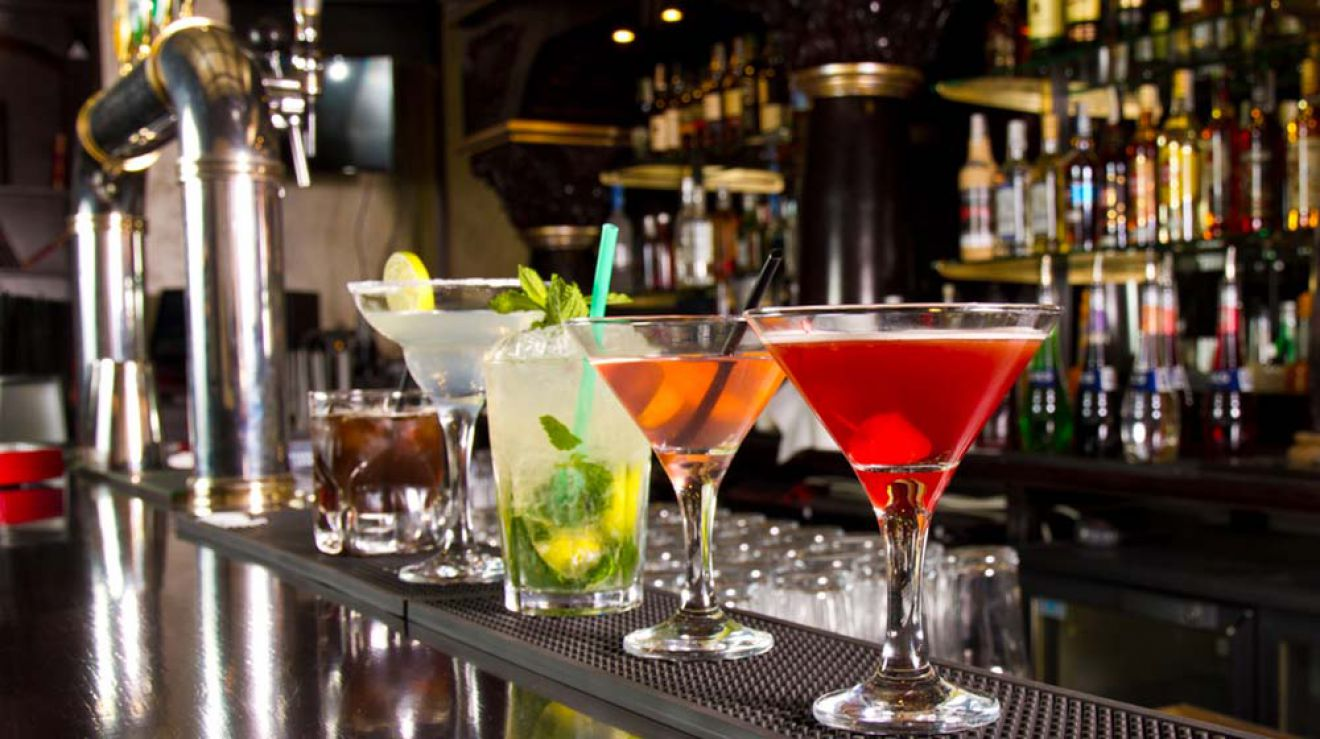 Best Cocktail Bars - Astoria, NY