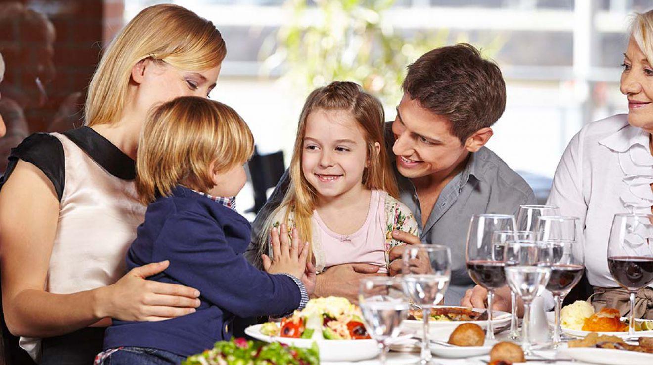 Family friendly restaurants astoria new york for Kid friendly restaurants