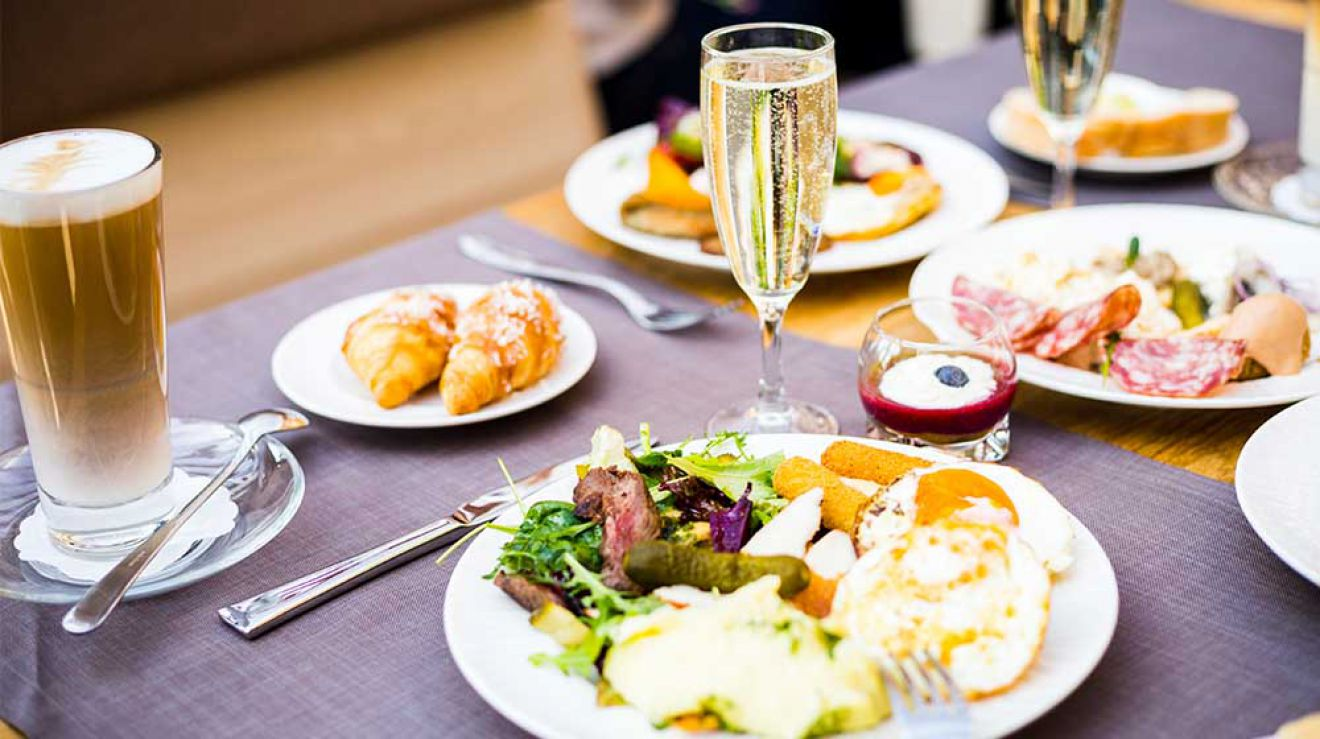 Best Midtown Hotel Brunch Spots, NYC
