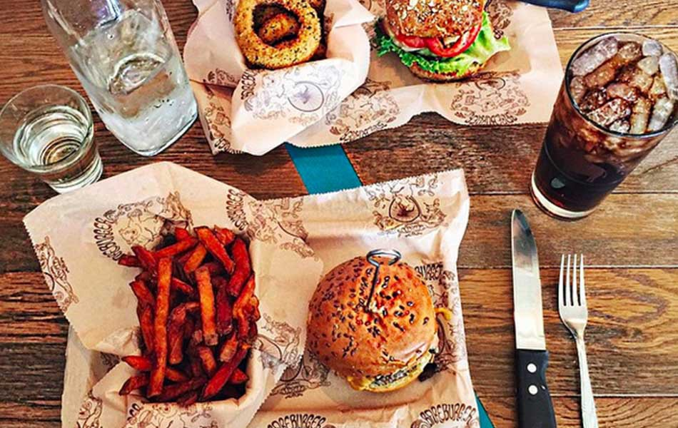 BAREBURGER - ASTORIA