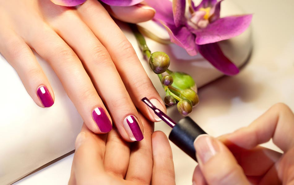LIVIA\'S NAILS AND SPA - LIC