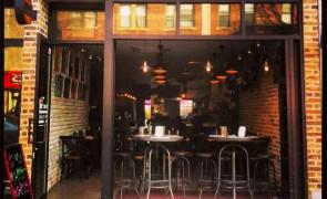 NEW YORK DOG HOUSE - ASTORIA