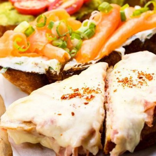 La Pecora Bianca Lunch 3-Course $29 & Bottomless Brunch