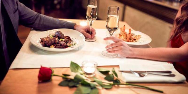 Most Romantic Restaurants In Manhattan, NYC