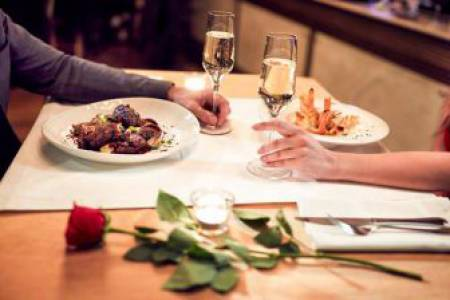 Most Romantic Restaurants In Manhattan, NYC