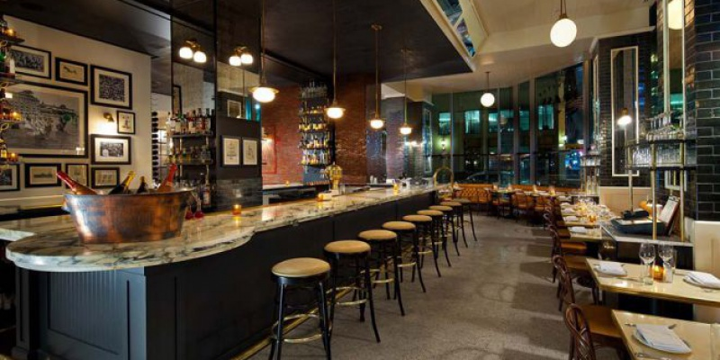 Best Bars In Midtown Manhattan, NY